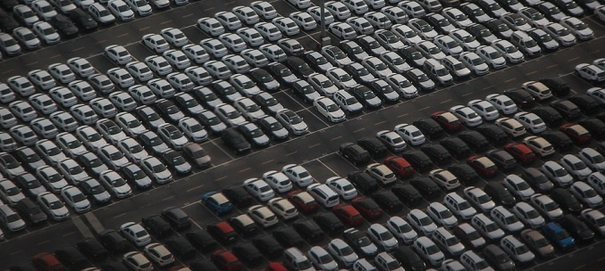 Russian carmakers boost exports to help plant capacity