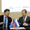 Governor of Chukotka signs cooperation agreement with Director of Tigers Realm Coal Limited Peter Balka